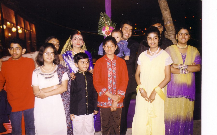 Reception-with_cousins.jpg